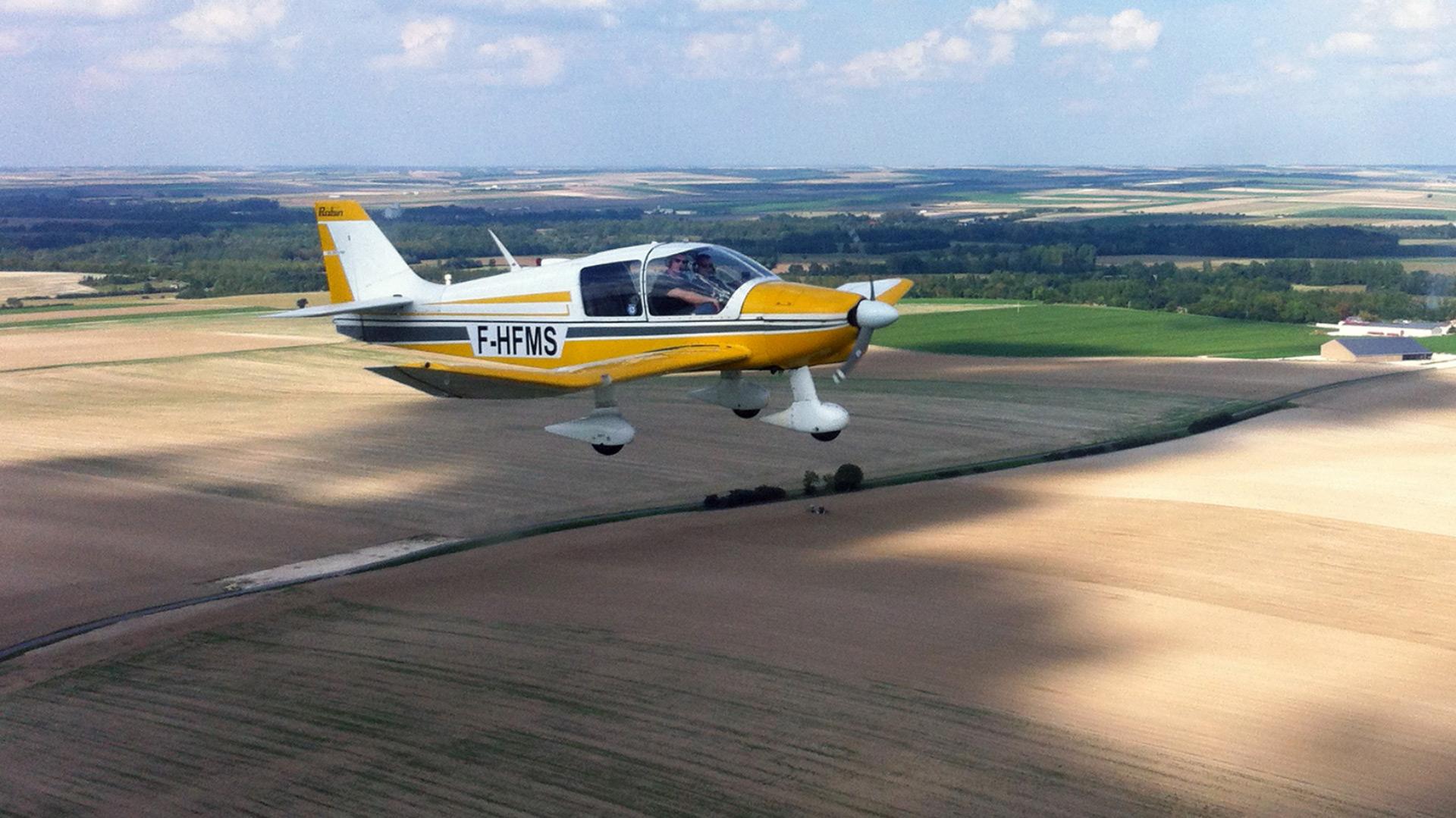 DR 400 en vol