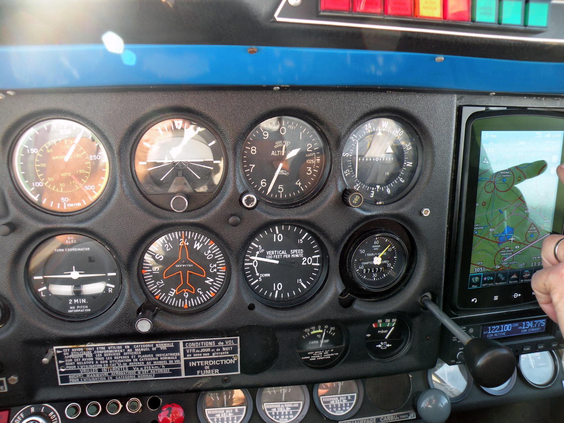 Avion école DR 400 160 cheveaux